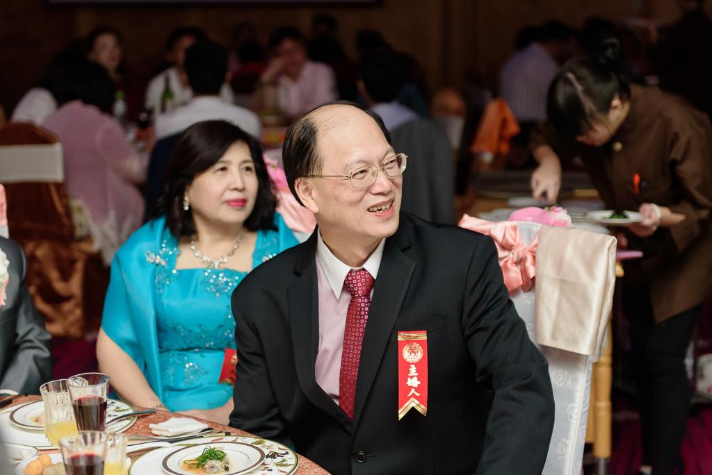 Wedding day-0079 ,僑園婚攝,台中僑園,僑園婚宴,新秘Alice ,婚攝小勇,台北婚攝, 小淑造型團隊