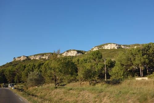Pins et pierre calcaire de Provence