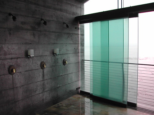 Esalen shower w/sliding glass