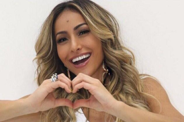 Sabrina Sato diz que não ficou com ninguém desde o fim do namoro com João Vicente Castro