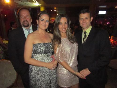 Cacá Ferreira e Cláudia, Flávia e Leonardo Camilo