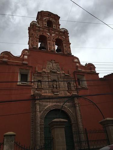 C'est une ancienne ville coloniale.