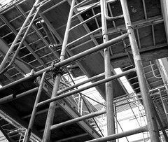 scaffolding (black and white)