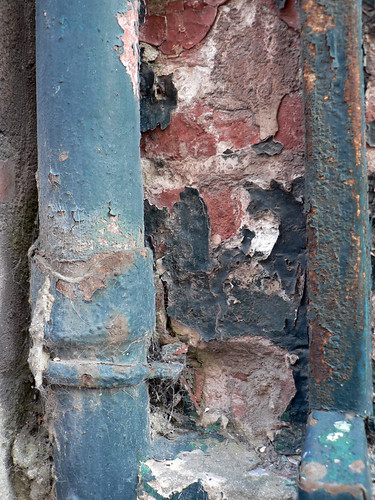 Rusty and crusty downpipes