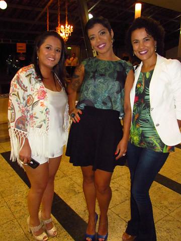 Marcela, Ingrid Matos e Fernanda Araújo, gerente da Express Cidade Nobre