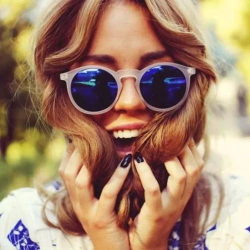 óculos espelhados