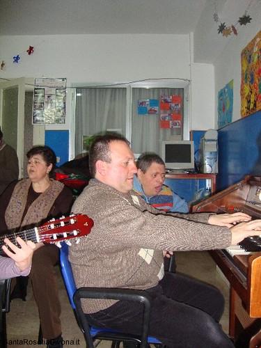 canti-alla-casa-di-riposo-2014-26