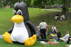 """Linux in the Park"" by Flickr user John Vetterli"