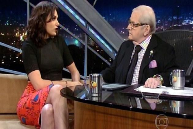 Monica Iozzi pede e ganha presente de casamento adiantado de Jô Soares