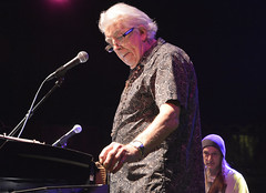 "John Mayall • <a style=""font-size:0.8em;"" href=""http://www.flickr.com/photos/10290099@N07/33019430646/"" target=""_blank"">View on Flickr</a>"