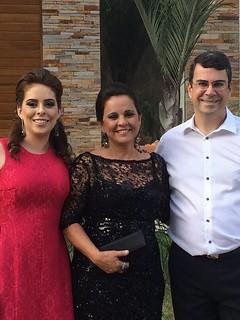 Chiques, Maria Luiza, Merle e Ricardo a caminho da celebração
