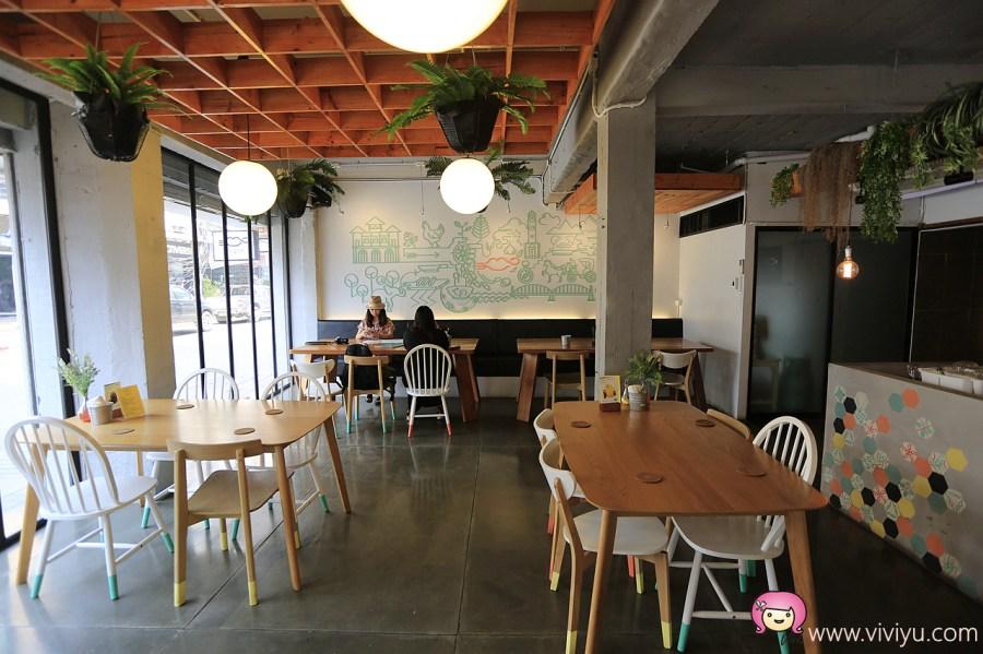 [清邁美食]泰國南邦小鎮文青餐廳.Tuk Pak Thai Cuisine~綠意盎然泰式料理餐廳 @VIVIYU小世界