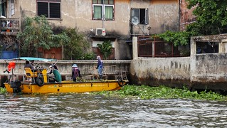 River cleaners, Bangkok