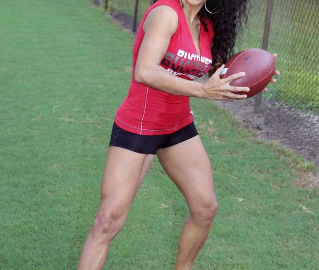 Quarterback Edna California Will Tags Edna Model Beauty Beautiful Mature Sexy Shorts Legs