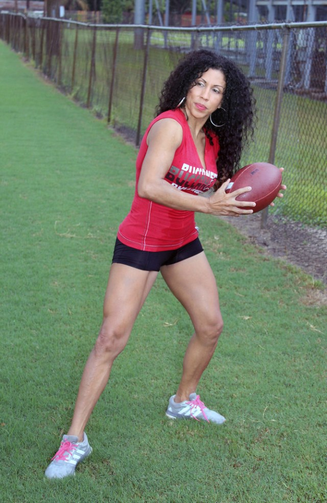 Quarterback Edna California Will Tags Edna Model Beauty Beautiful Mature Sexy Shorts Legs