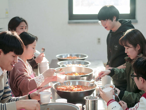 Mission Work using Stir-fried Rice Cake_MDY_180311_19