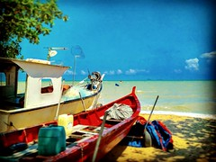 Straits of Malacca https://goo.gl/maps/13KhXoHEm3T2  #travel #holiday #Asian #Malaysia #Malacca #travelMalaysia #holidayMalaysia #旅行 #度假 #亚洲 #马来西亚 #马六甲 #melaka #trip #马来西亚旅行 #traveling #马来西亚度假 #beach #海滩 #Boat #船 #pantai #countryside #outdoor #乡下 #kampung