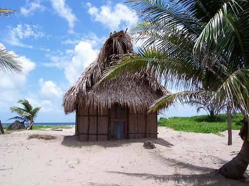 Garifuna House por vitaminjunky.