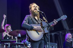 "Iron and Wine - VIDA Festival 2018 - Sabado - 4 -M63C1167 • <a style=""font-size:0.8em;"" href=""http://www.flickr.com/photos/10290099@N07/42428201074/"" target=""_blank"">View on Flickr</a>"