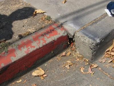 Offset Curb