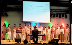"Gospel Impuls Apeldoorn 17-05-2014-2 ingezoomd • <a style=""font-size:0.8em;"" href=""http://www.flickr.com/photos/141226496@N02/40690405794/"" target=""_blank"">View on Flickr</a>"