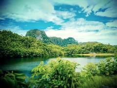 https://goo.gl/maps/FN8a7KdTag92  #travel #holiday #Asian #Malaysia #Sarawak #Kuching #travelMalaysia #holidayMalaysia #旅行 #度假 #亚洲 #马来西亚 #沙拉越 #古晋 #trip #马来西亚旅行 #traveling #Lake #湖 #mountain #山 #bau #石隆门 #tasik #grass #bluesky #蓝天