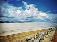 Kuching, Sarawak https://goo.gl/maps/JQo2QFuBy4L2  #travel #holiday #Asian #Malaysia #Sarawak #Kuching #travelMalaysia #holidayMalaysia #旅行 #度假 #亚洲 #马来西亚 #沙拉越 #古晋 #trip #马来西亚旅行 #traveling #马来西亚度假  #beach #santubong #stone #sand #沙 #bluesky #蓝天 #pantai