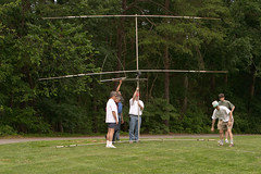 """CRW_8190: Erecting the Beam • <a style=""""font-size:0.8em;"""" href=""""http://www.flickr.com/photos/54494252@N00/12909749/"""" target=""""_blank"""">View on Flickr</a>"""