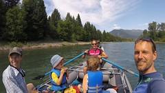 Beim Riverraften mit Risa, Jared und den Zwillingen