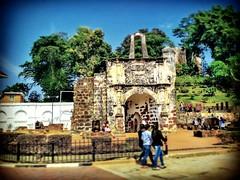 A Famosa Jalan Parameswara, Bandar Hilir, 78000 Alor Gajah, Melaka 06-552 0888 https://goo.gl/maps/T9UyQS6tyUt  #travel #holiday #Asian #Malaysia #melaka #holidayMalaysia #travelMalaysia #旅行 #度假 #亚洲 #马来西亚 #马来西亚度假 #马来西亚旅行 #Malacca #river #trip #traveling #