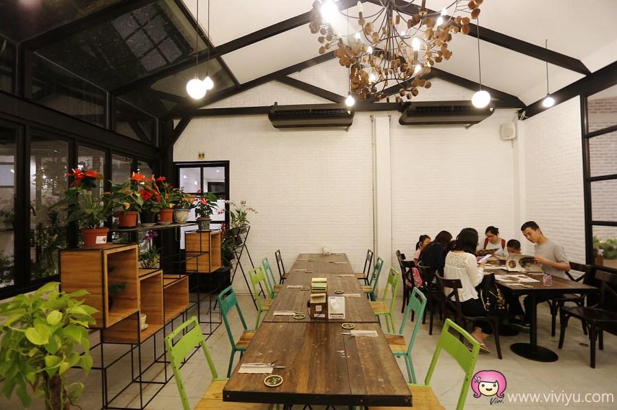 [清邁美食]The Salad Concept生菜沙拉專賣店~健康營養大份量新鮮蔬食.茹素者也能輕鬆用餐 @VIVIYU小世界