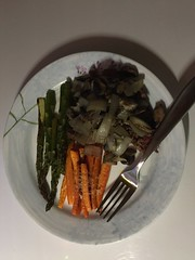 Steak tips with mushrooms and onions and roasted asparagus and Parmesan carrots #naturallyglutenfree #glutenfree