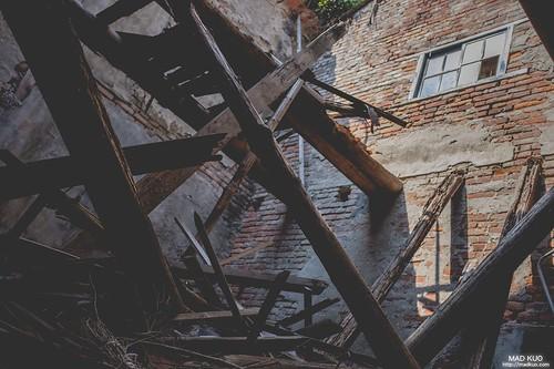 藏在鹿港老街裡的廢墟