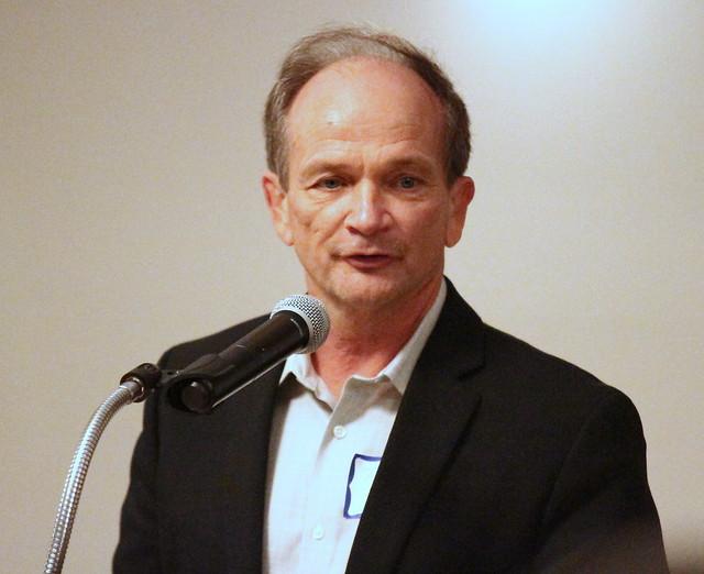 Tim Shiels, Presenter for Pioneer inductee Glenn Gerdes. 180428BJF0954