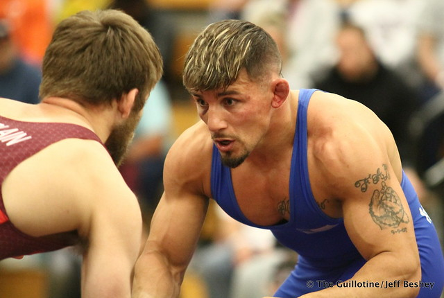 70kg: Jason Chamberlain (Titan Mercury) vs Frank Molinaro (Titan Mercury). 180520AJF0089