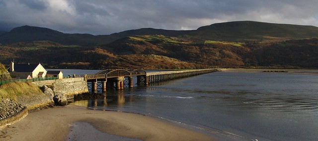 Barmouth Bridge, by Eifion. Picture used under Creative Commons licence, click pic for link to photo