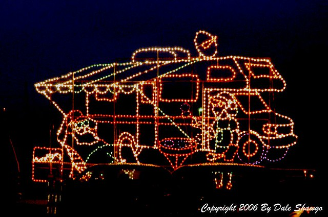 Bristol speedway in lights for Lowes motor speedway christmas lights