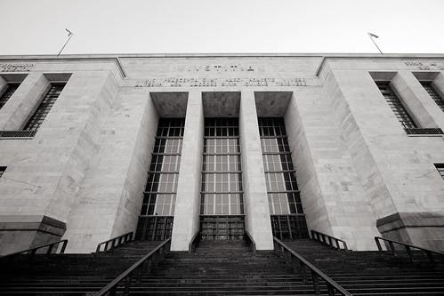Palazzo di Giustizia - foto: bupowski, flickr
