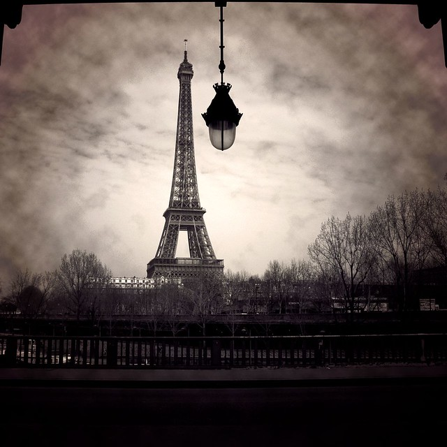 Eiffel's Light por Arivan B