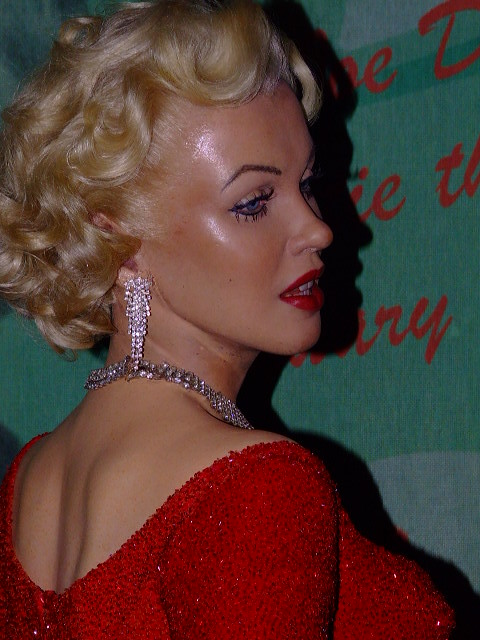Marilyn Monroe Color Different Angle On Marilyn Monroe In Diamond Stardust Flickr
