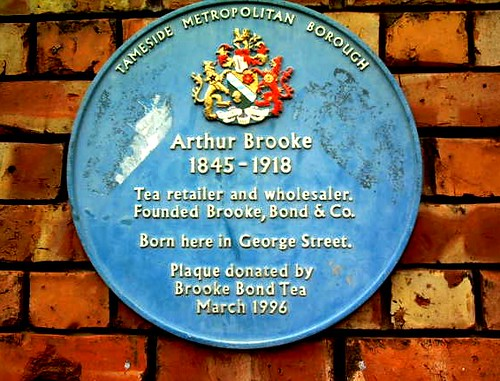 brooke bond tea blue plaque 1