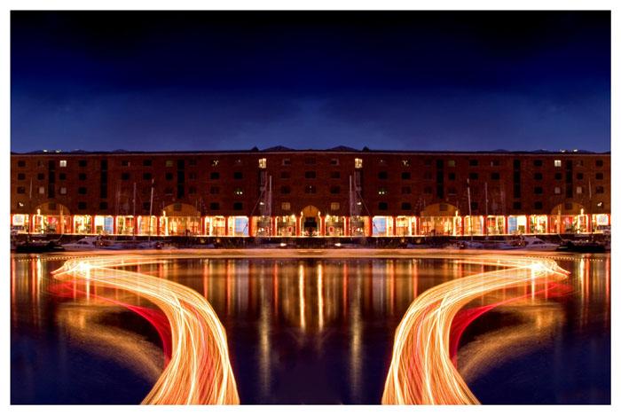 Albert Docks Light