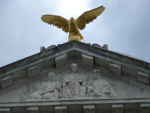 Golden Eagle Atop Illinois Memorial, Vicksburg