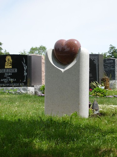 Montreal Mont Royal Cemetery 8