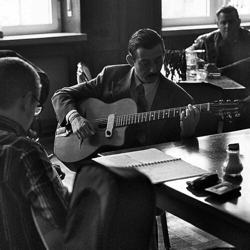 gypsy guitarist, Django Reinhardt Festival
