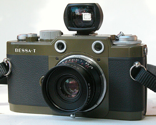 Bessa T101 with 35mm Classic f2.5 lens by William J. Gibson, the Canuckshutterer