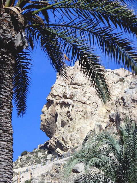 Cara del Moro/Castillo de Santa Barbara