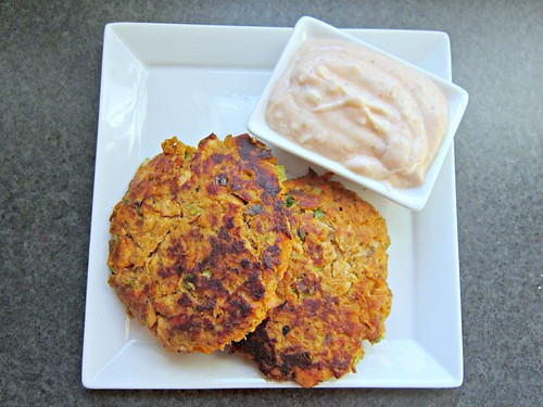 Sweet Potato and Salmon Cakes with Dill Sriracha Sauce