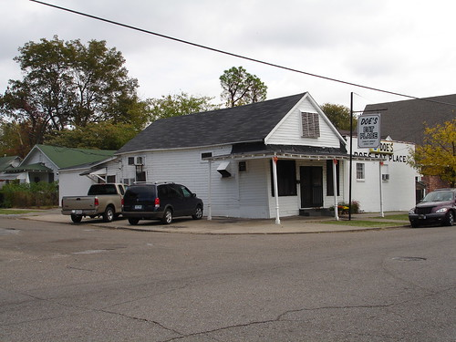 Doe's Eat Place, Greenville MS