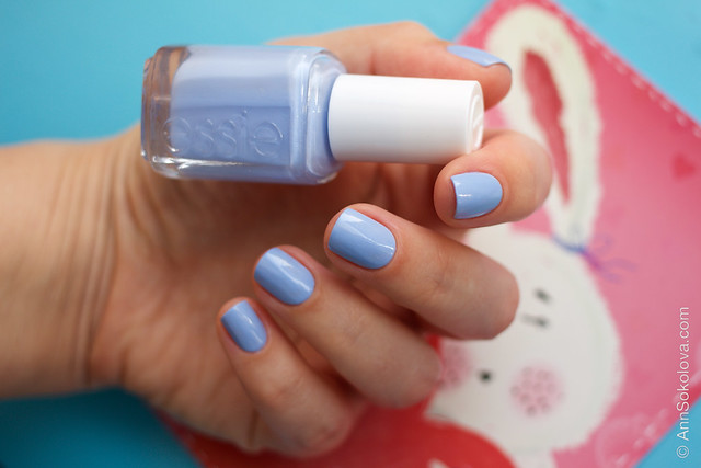 05 Essie Bikini So Teeny